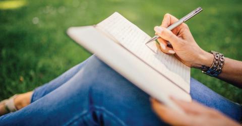 المسابقة الدولية للطلاب لكتابة المقال 2018